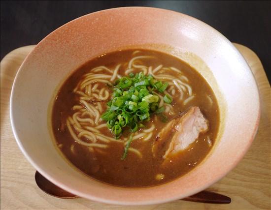 カレー屋 麺八