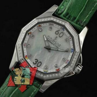 コスパ良好かつおしゃれなコルム 通販腕時計